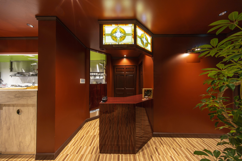 南青山にある隠れ家的な会員制のフレンチレストラン